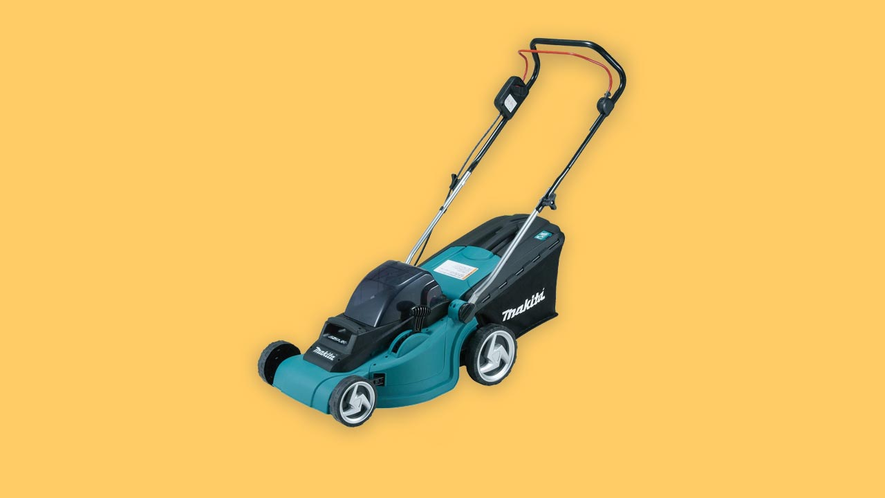 Recommended, best buy review of battery lawn mower for medium sized gardens in the UK 2020