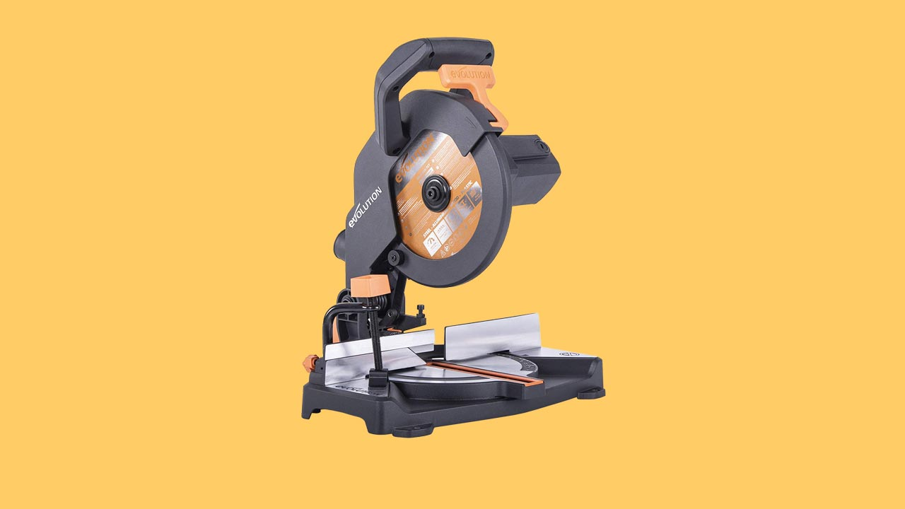 Great value mitre saw for DIY & Trade. small & accurate. recommended, review and best budget buy. Verum Verdicts