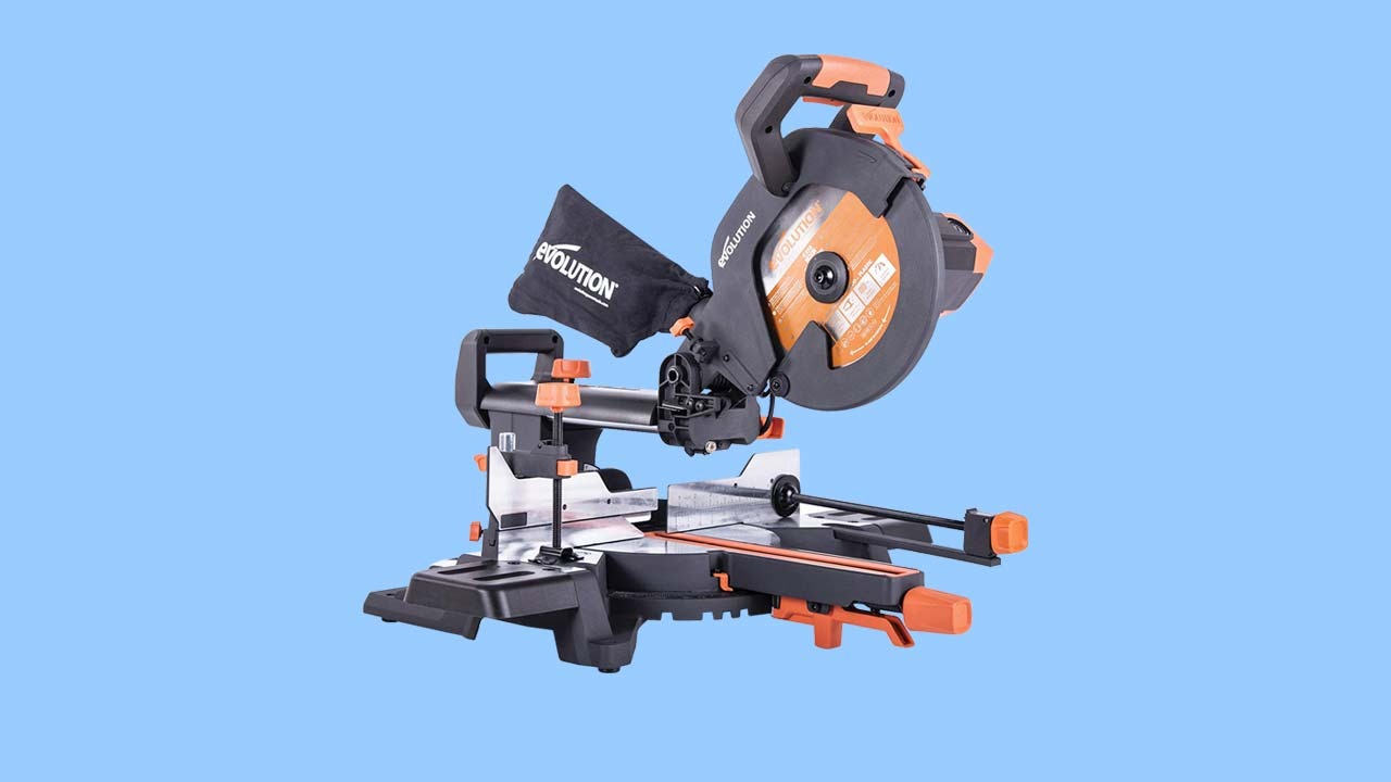 Sliding crosscut, circular, mitre, miter, compound saw for DIY & Trade. Pro level tools. Recommendations, reviews and best buys. Verum Verdicts