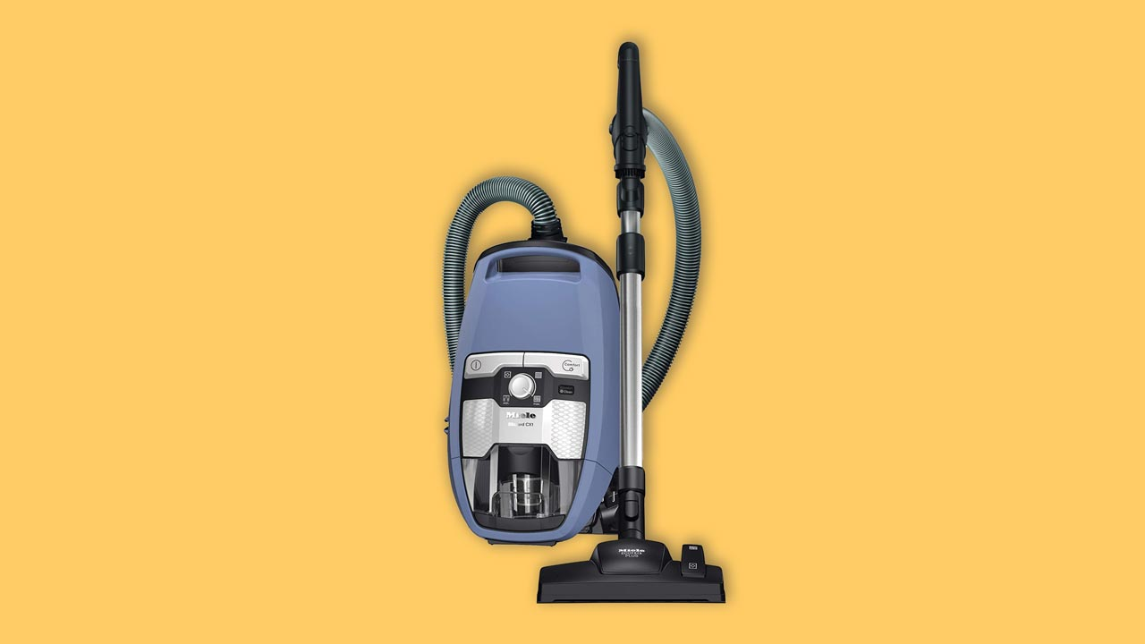 Miele Blizzard CX1 Powerline bagless vacuum cleaner in blue. Verum Best buy & recommended
