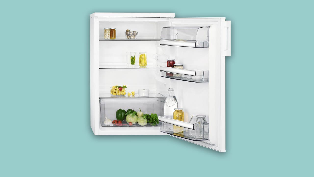 Recommended best buy large under counter fridge AEG RTB415E1AW open door