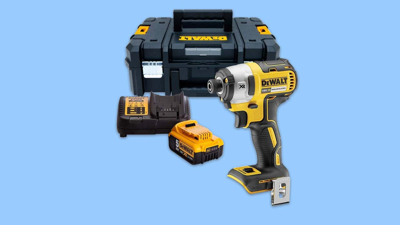 Dewalt DCF887 impact driver with 5ah battery charger and T-Stack Case