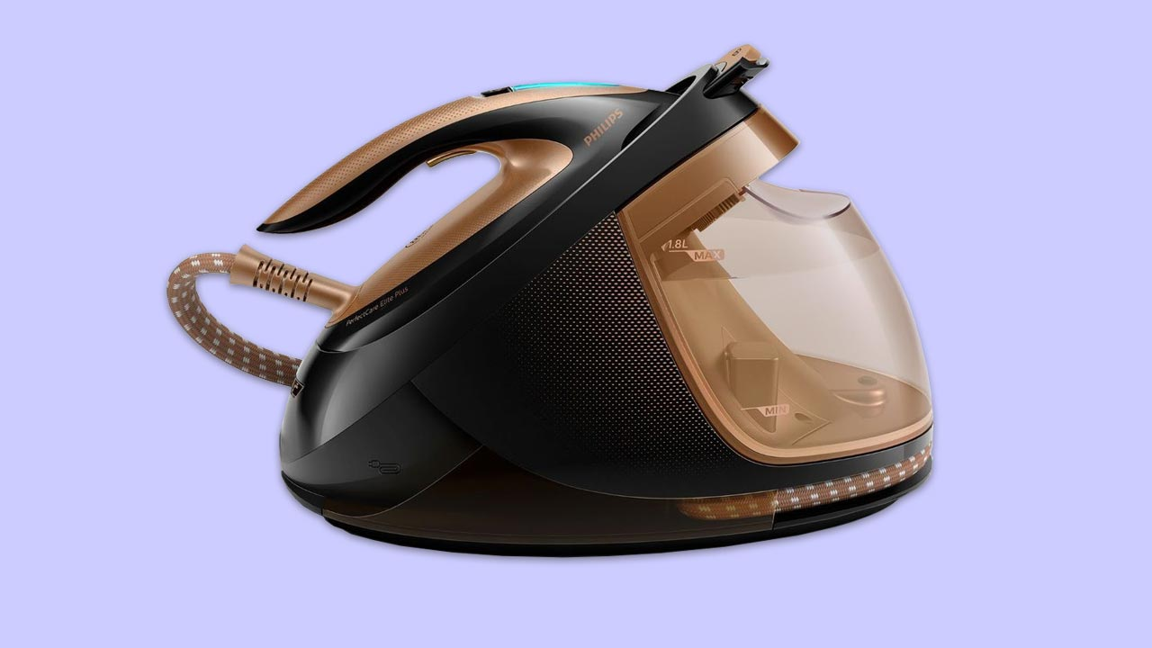 The-best-steam-generator-iron-in-the-uk-Philips-GC9682-86