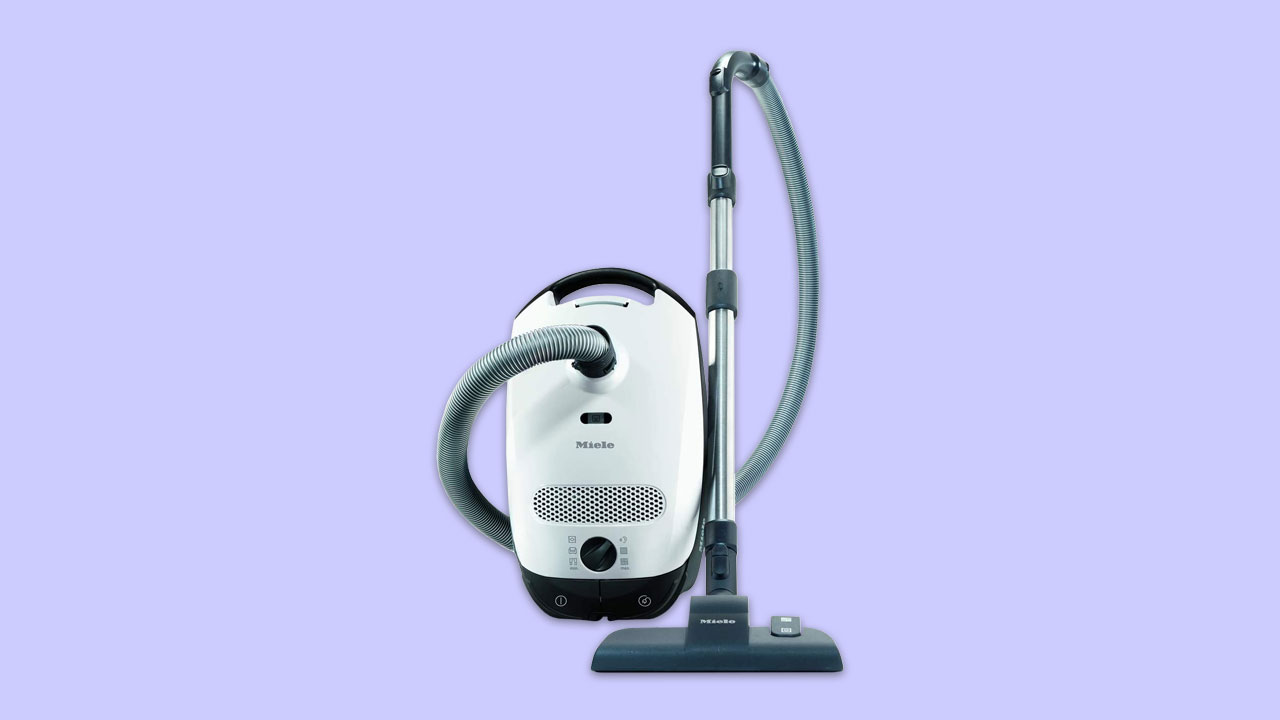 miele classic c1 vacuum cleaner with variable head for carpets and hard floors uk model